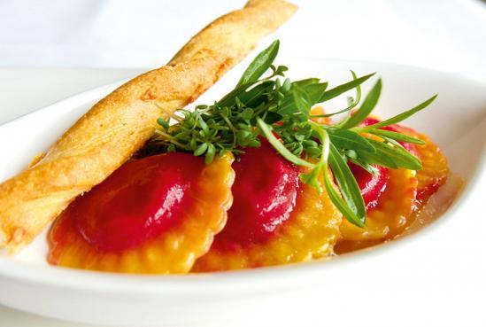 Show and Dine Burlesque - Vorspeise Pasta Taschen